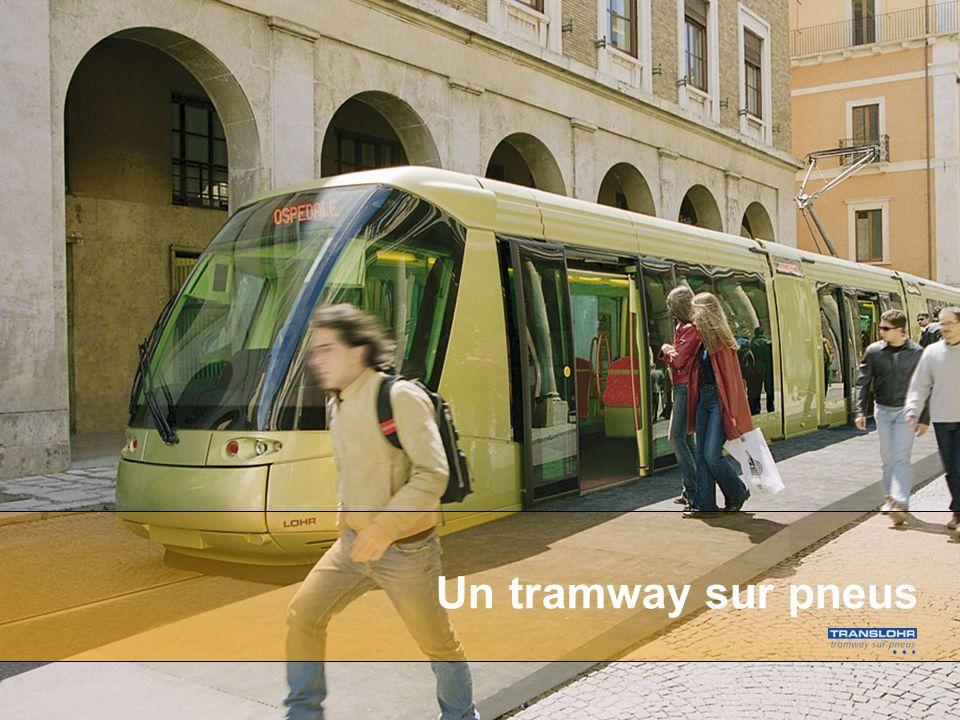Un tramway sur pneus