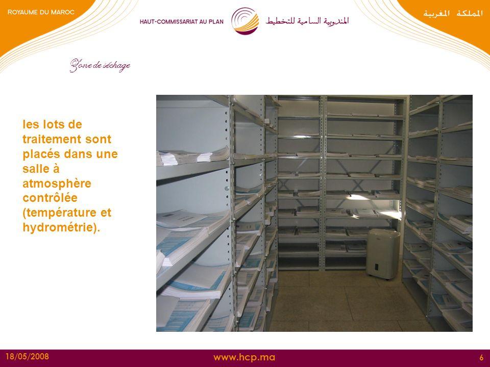 Zone de séchage les lots de traitement sont placés dans une salle à atmosphère contrôlée (température et hydrométrie).