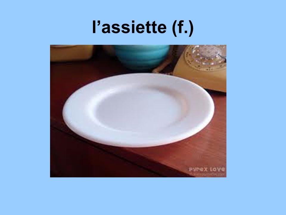 l'assiette (f.)