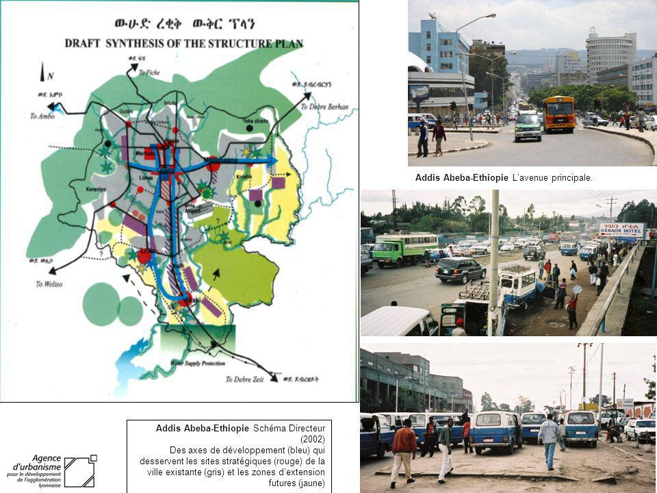 Addis Abeba-Ethiopie L'avenue principale.