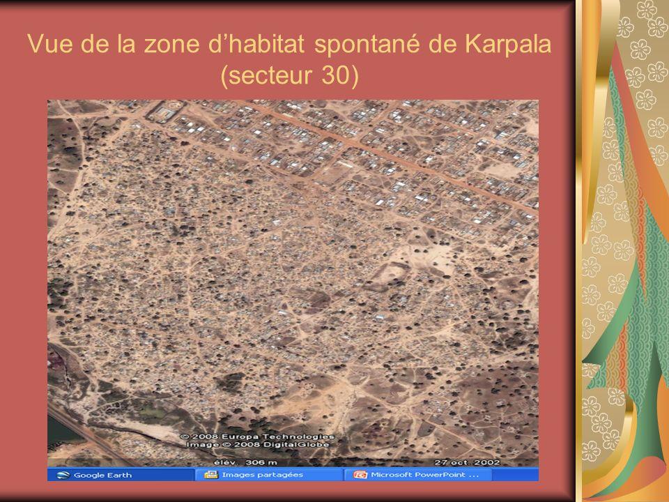 Vue de la zone d'habitat spontané de Karpala (secteur 30)