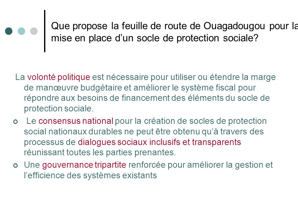 Que propose la feuille de route de Ouagadougou pour la mise en place d'un socle de protection sociale