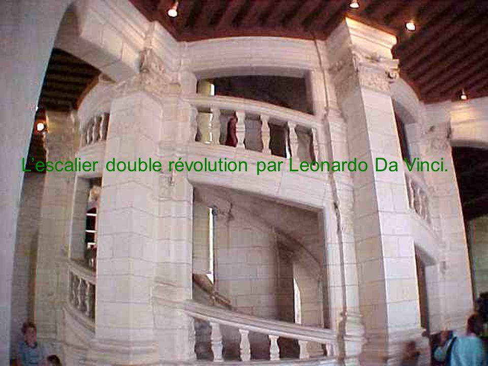 L'escalier double révolution par Leonardo Da Vinci.
