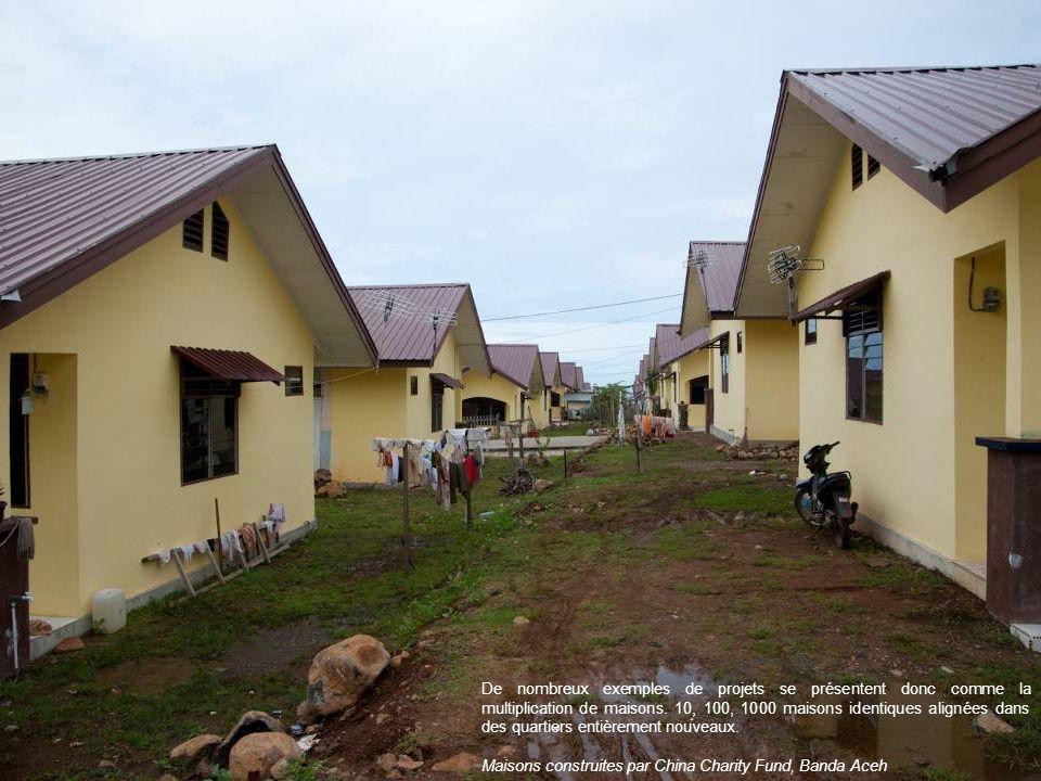 De nombreux exemples de projets se présentent donc comme la multiplication de maisons. 10, 100, 1000 maisons identiques alignées dans des quartiers entièrement nouveaux.