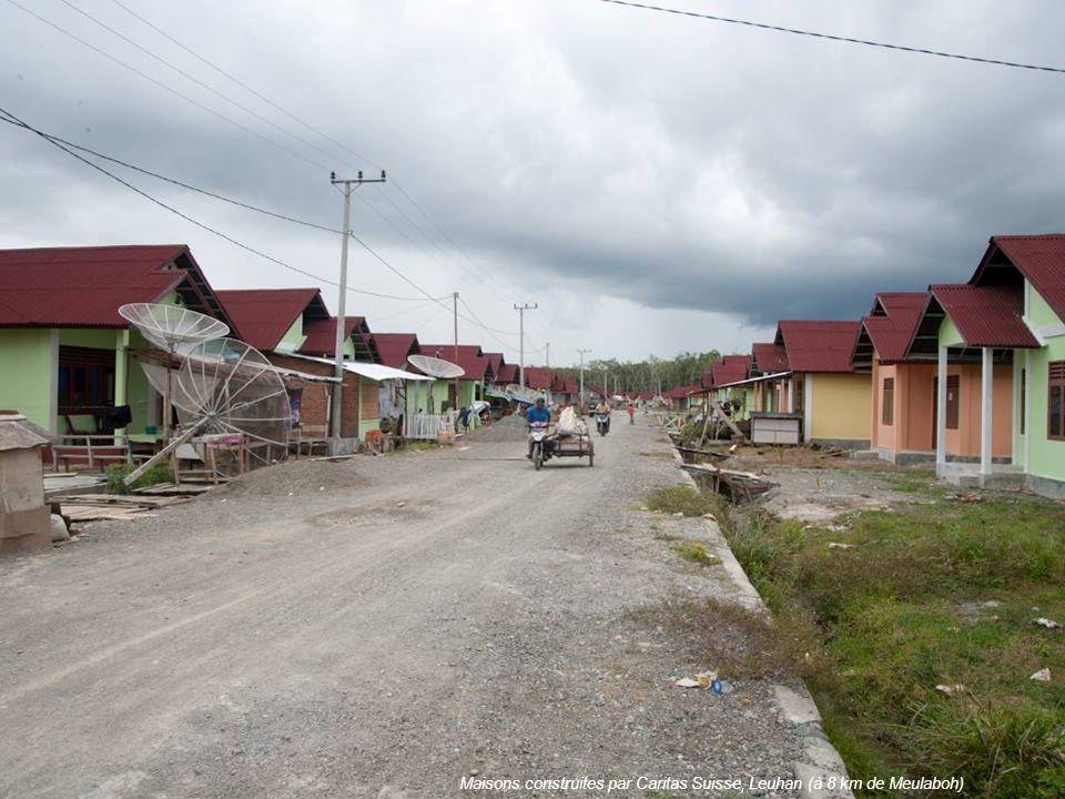 Maisons construites par Caritas Suisse, Leuhan (à 8 km de Meulaboh)