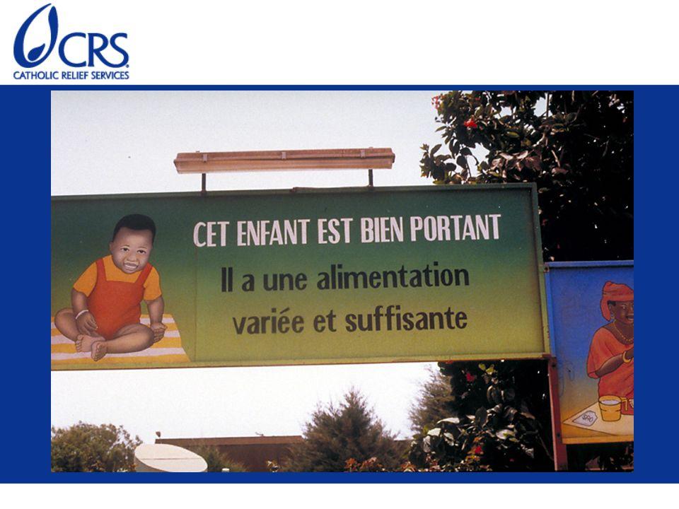 Un panneau d affichage à Dakar au Sénégal encourage la nutrition des enfants avec le message Cet enfant est bien portant.