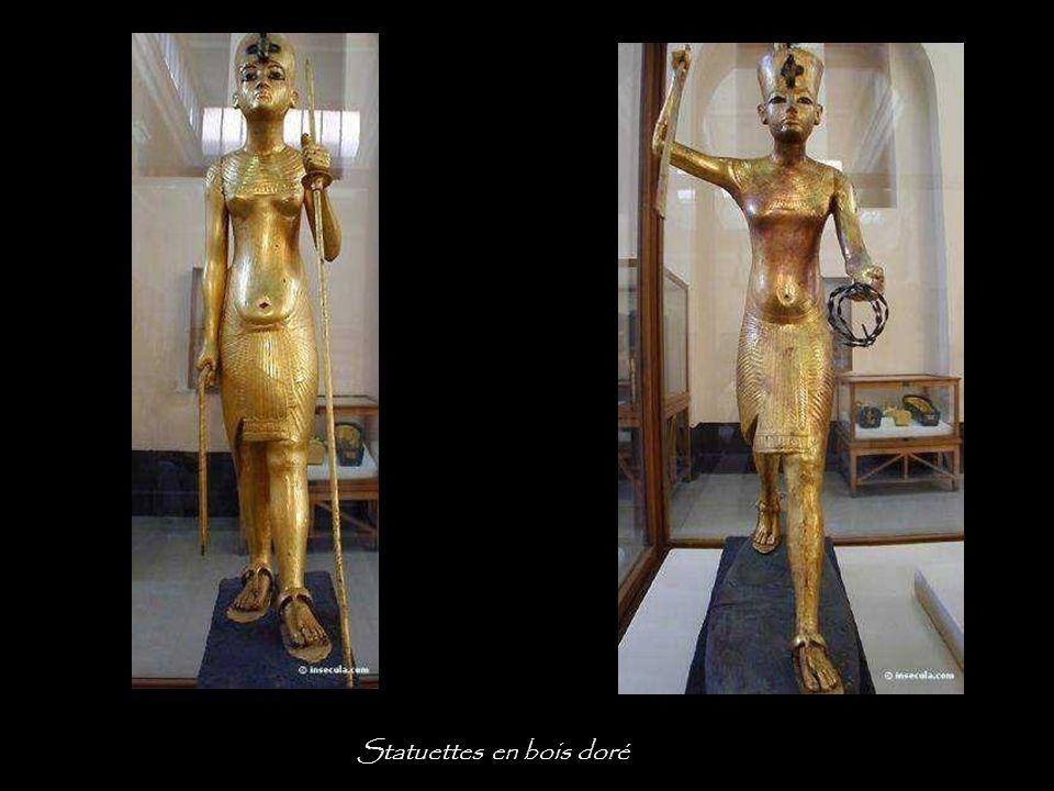 Statuettes en bois doré