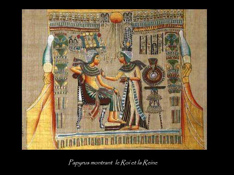 Papyrus montrant le Roi et la Reine
