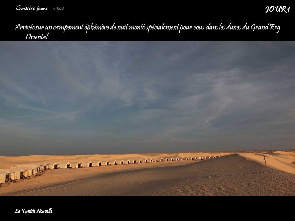JOUR 1 Arrivée sur un campement éphémère de nuit monté spécialement pour vous dans les dunes du Grand Erg Oriental.