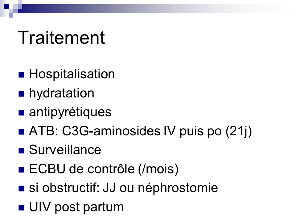 Traitement Hospitalisation hydratation antipyrétiques