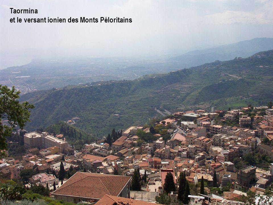 Taormina et le versant ionien des Monts Péloritains