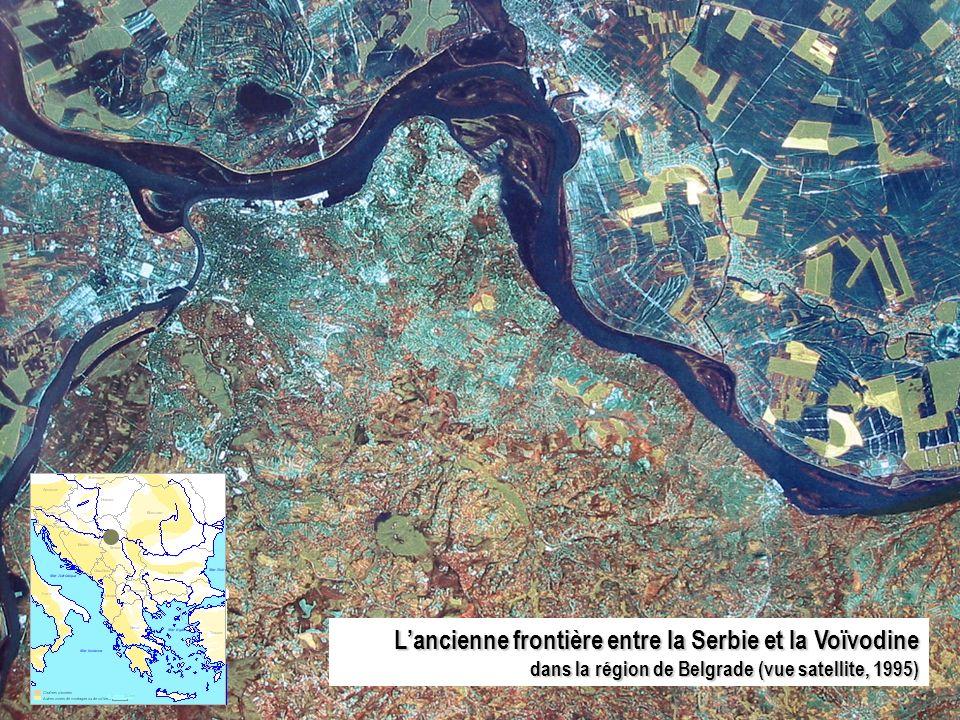 L'ancienne frontière entre la Serbie et la Voïvodine