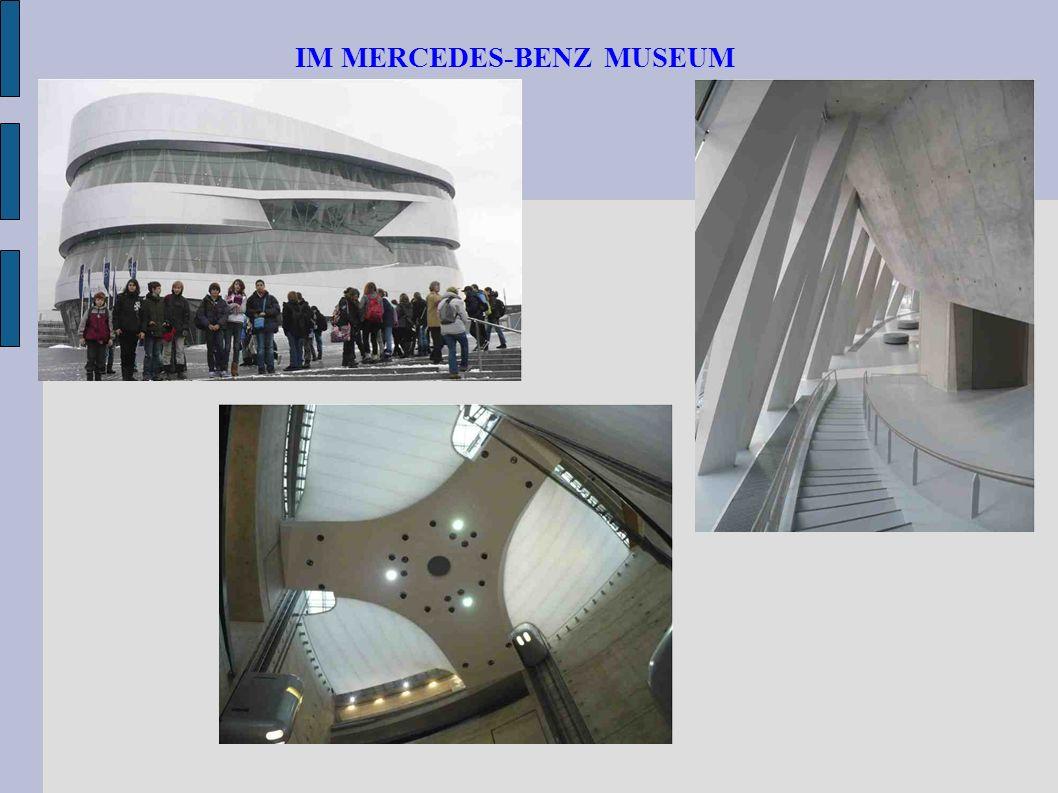 IM MERCEDES-BENZ MUSEUM