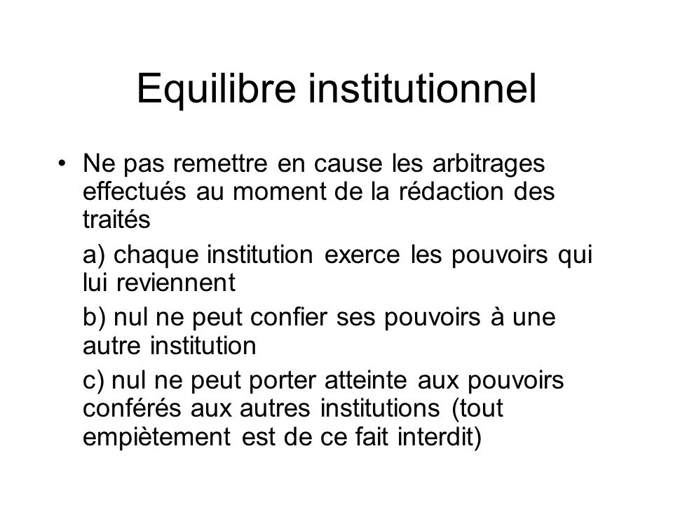 Equilibre institutionnel