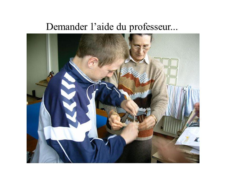 Demander l'aide du professeur...