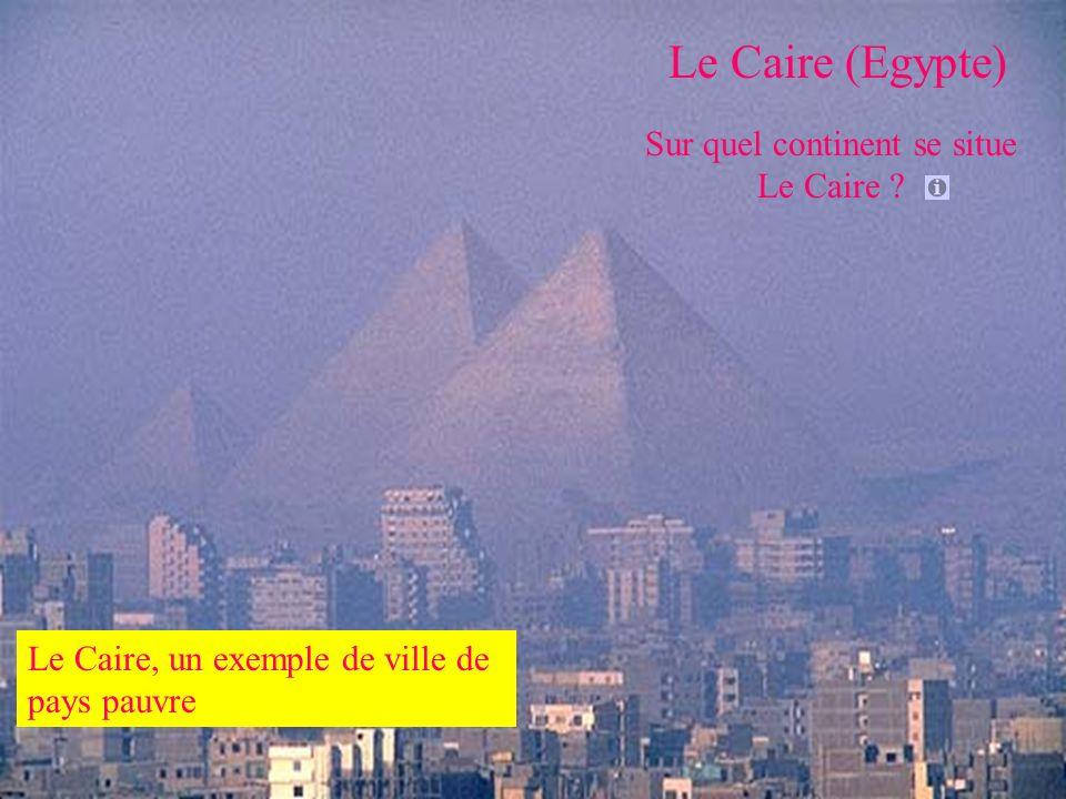 Sur quel continent se situe Le Caire