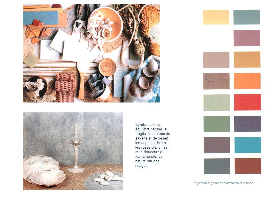 Symboles d 'un équilibre naturel, si fragile, les coloris de savane et de désert, les aspects de craie, les roses blanchies et le douceurs du vert amande. La nature sur des nuages
