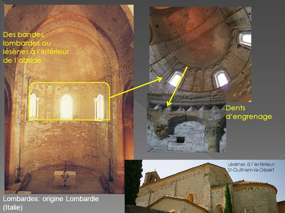 Des bandes lombardes ou lésènes à l'intérieur de l'abside