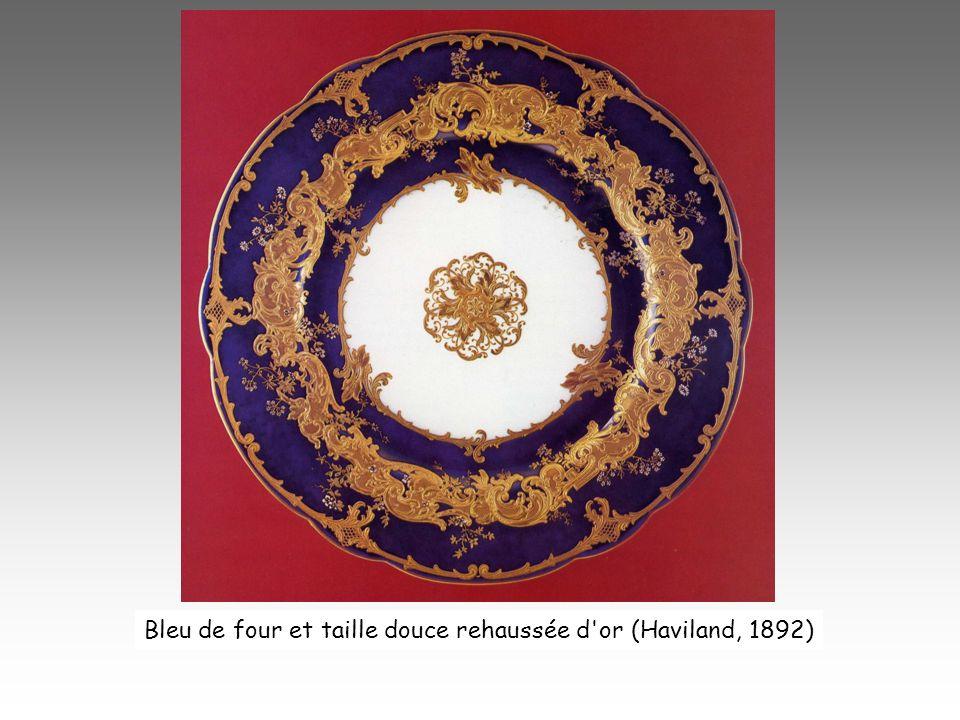 Bleu de four et taille douce rehaussée d or (Haviland, 1892)