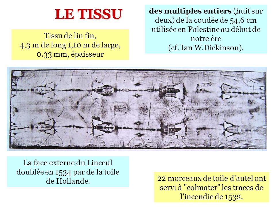 La face externe du Linceul doublée en 1534 par de la toile