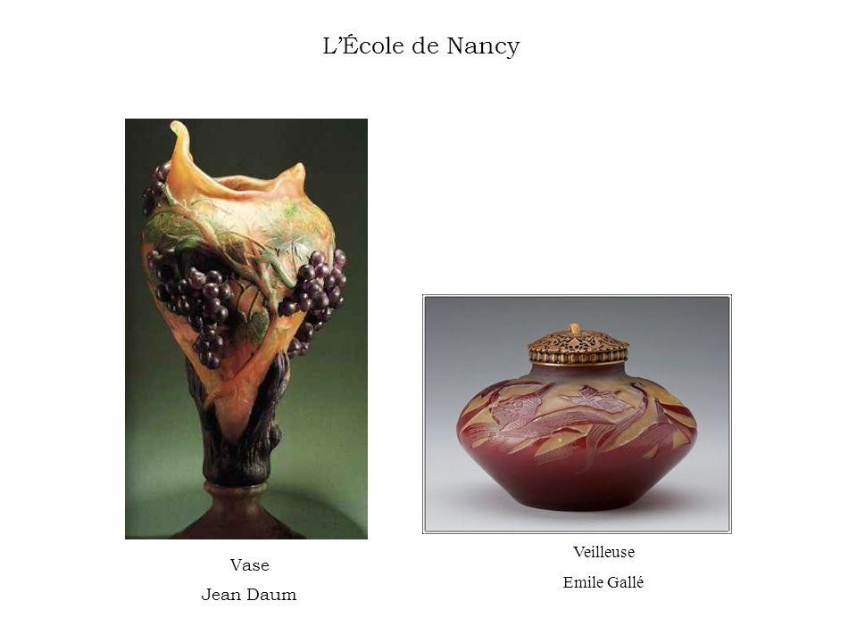 L'École de Nancy Veilleuse Emile Gallé Vase Jean Daum