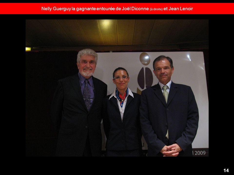 Nelly Guerguy la gagnante entourée de Joël Diconne (à droite) et Jean Lenoir