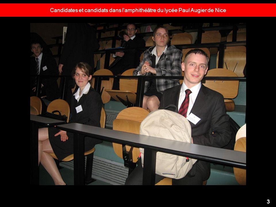 Candidates et candidats dans l'amphithéâtre du lycée Paul Augier de Nice