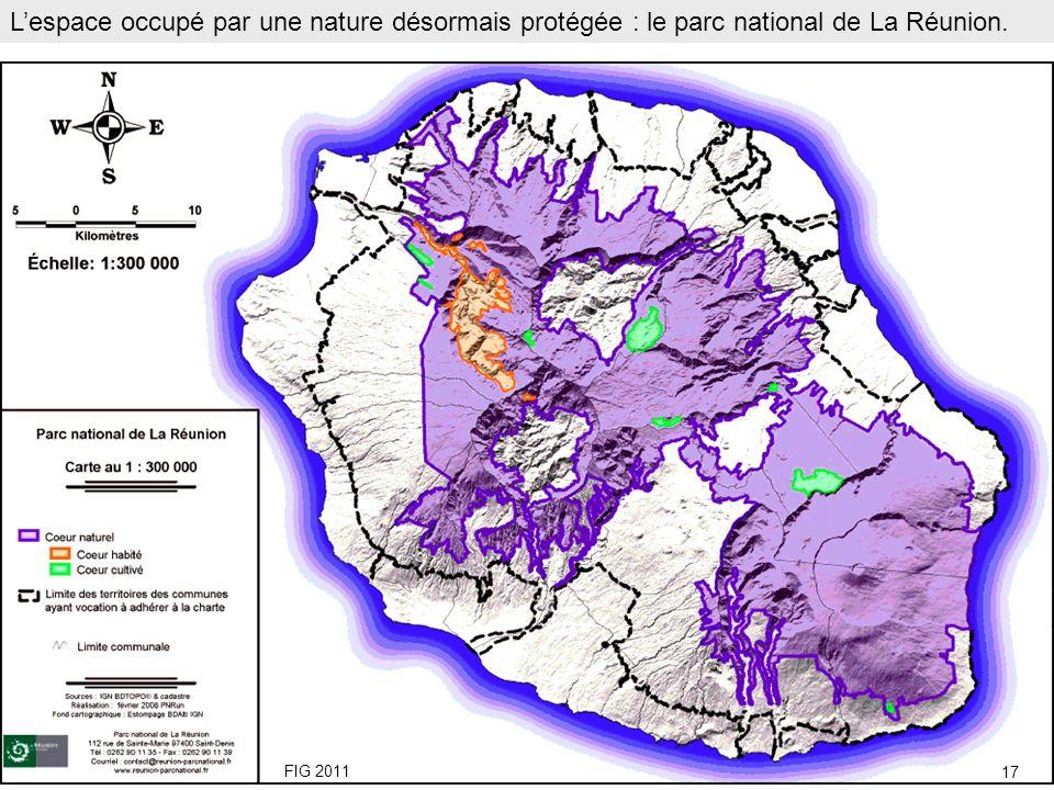 L'espace occupé par une nature désormais protégée : le parc national de La Réunion.