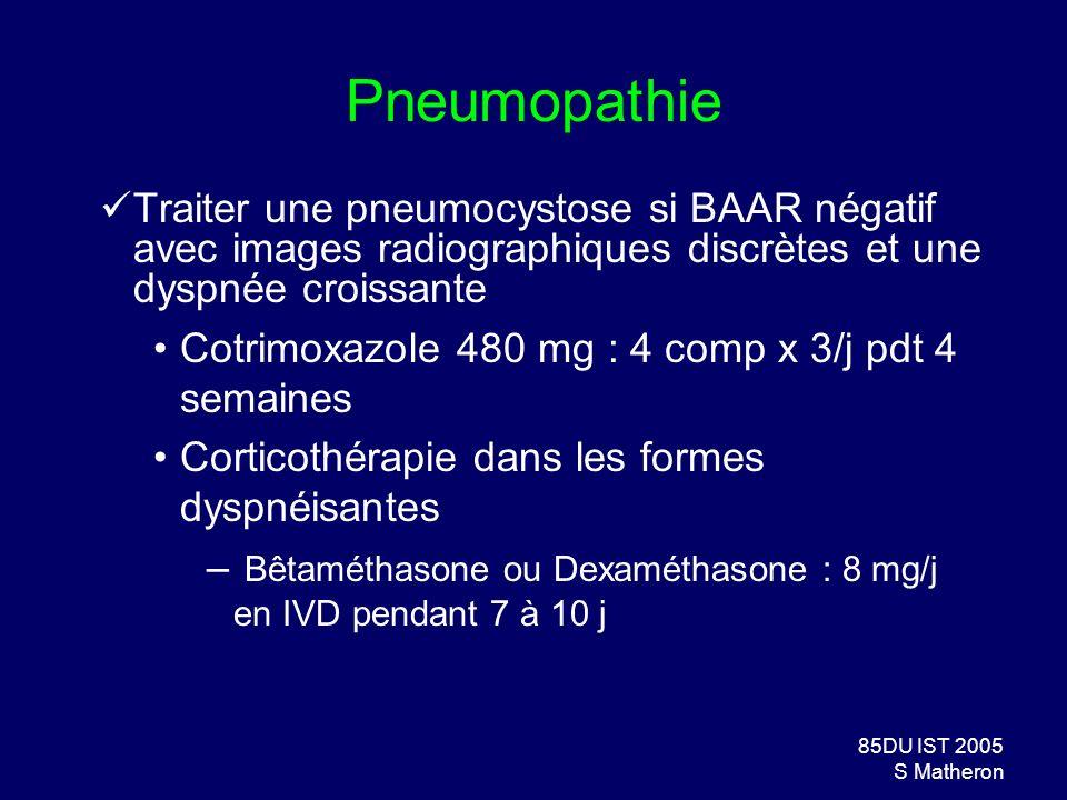 Pneumopathie Traiter une pneumocystose si BAAR négatif avec images radiographiques discrètes et une dyspnée croissante.