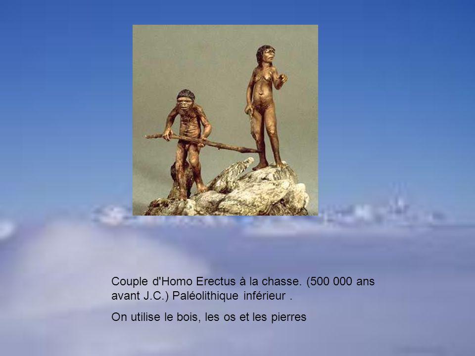 Couple d Homo Erectus à la chasse. (500 000 ans avant J. C