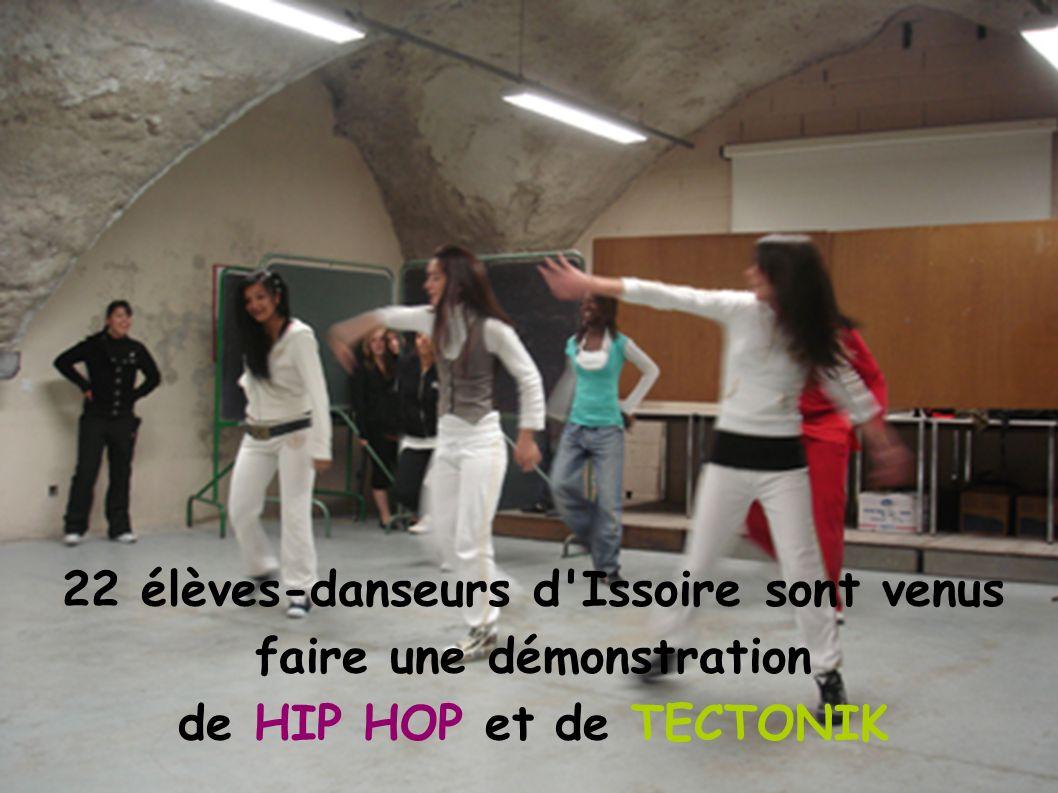 22 élèves-danseurs d Issoire sont venus faire une démonstration