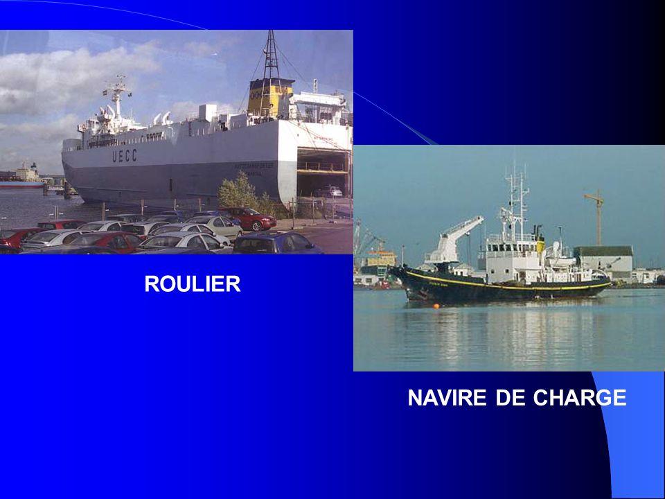 ROULIER NAVIRE DE CHARGE