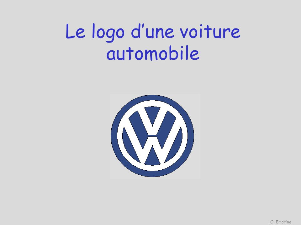 Le logo d'une voiture automobile