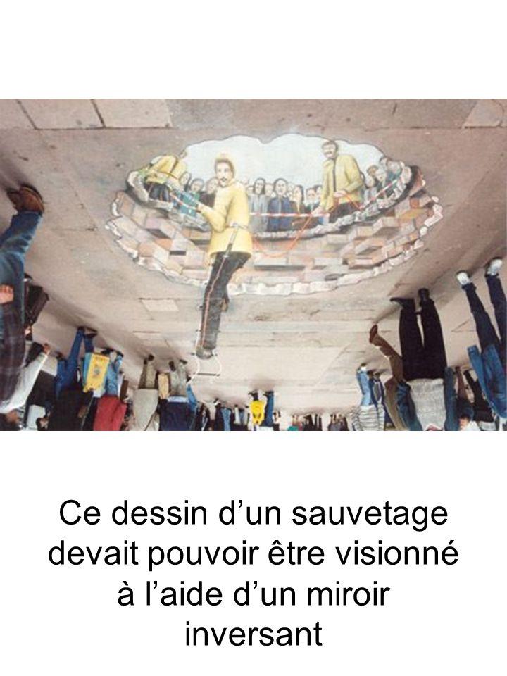 Ce dessin d'un sauvetage devait pouvoir être visionné à l'aide d'un miroir inversant
