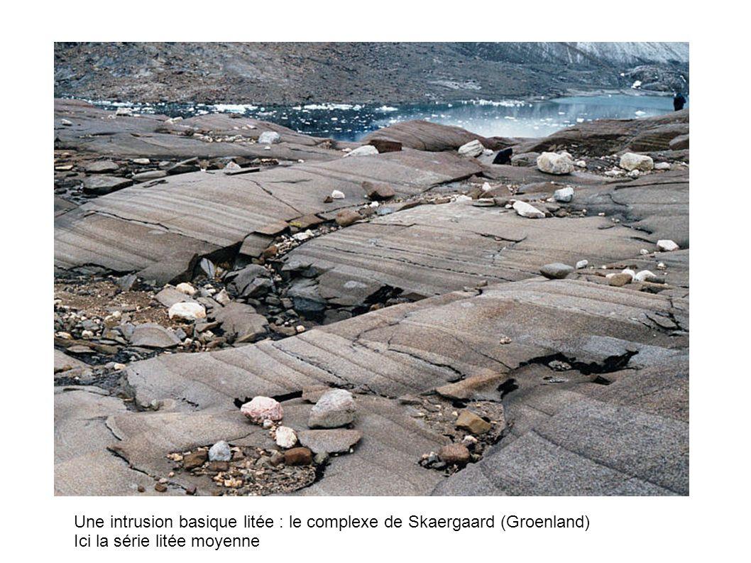 Une intrusion basique litée : le complexe de Skaergaard (Groenland)