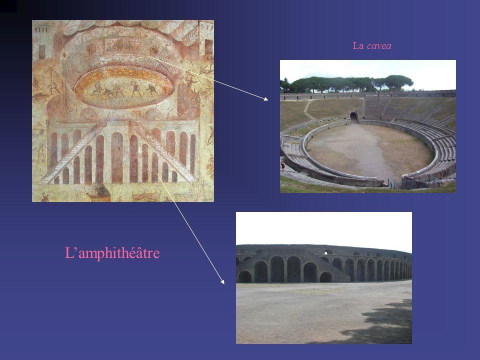 La cavea L'amphithéâtre