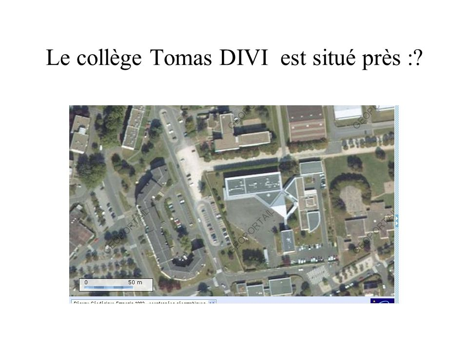 Le collège Tomas DIVI est situé près :