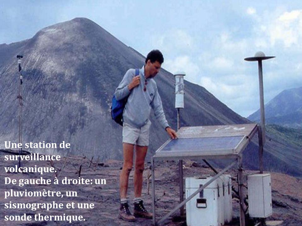 Une station de surveillance volcanique