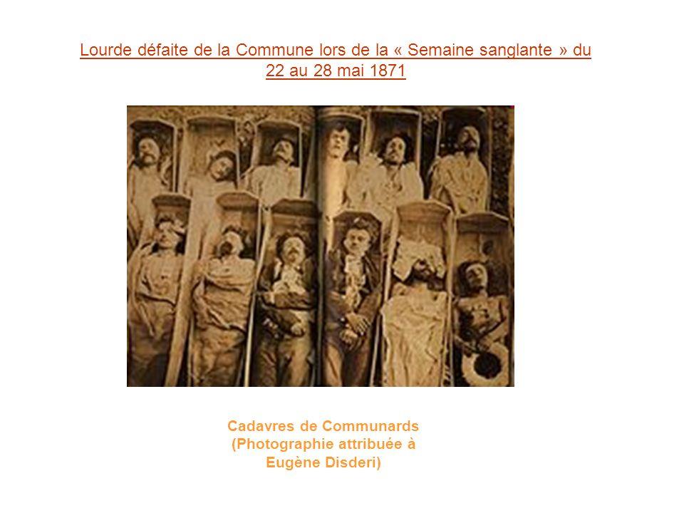 Cadavres de Communards (Photographie attribuée à Eugène Disderi)
