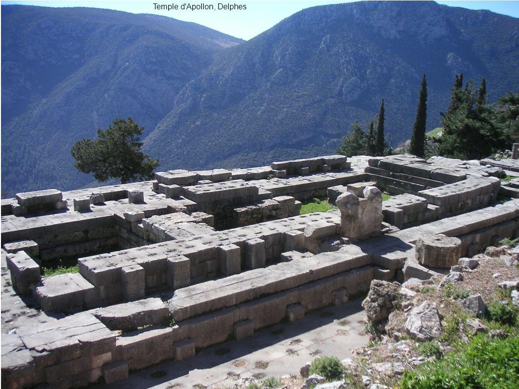 Temple d Apollon, Delphes