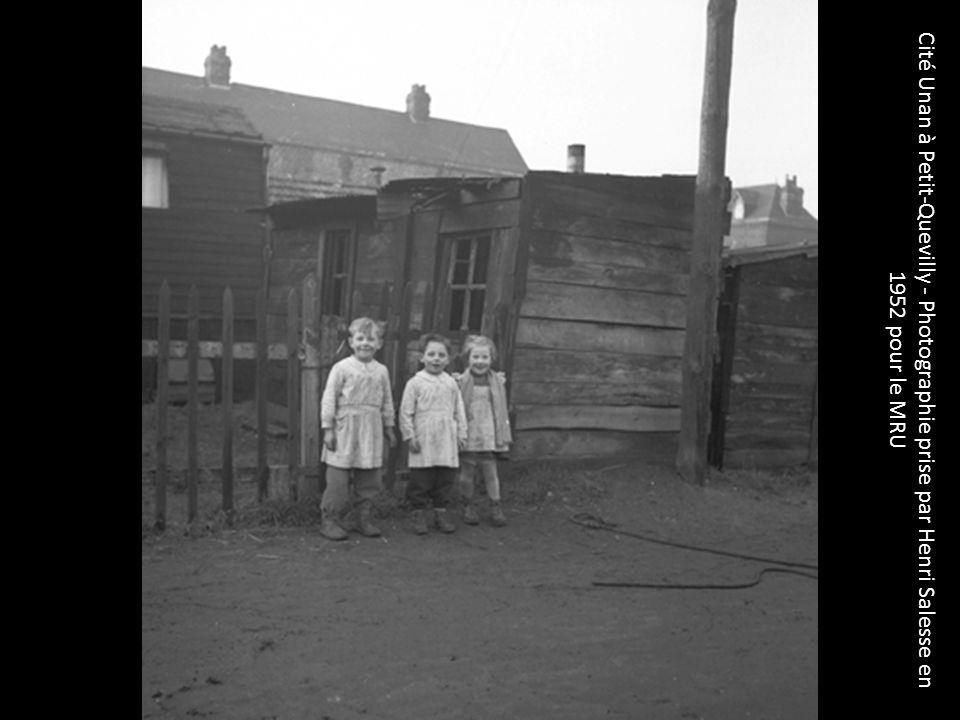 Cité Unan à Petit-Quevilly - Photographie prise par Henri Salesse en 1952 pour le MRU