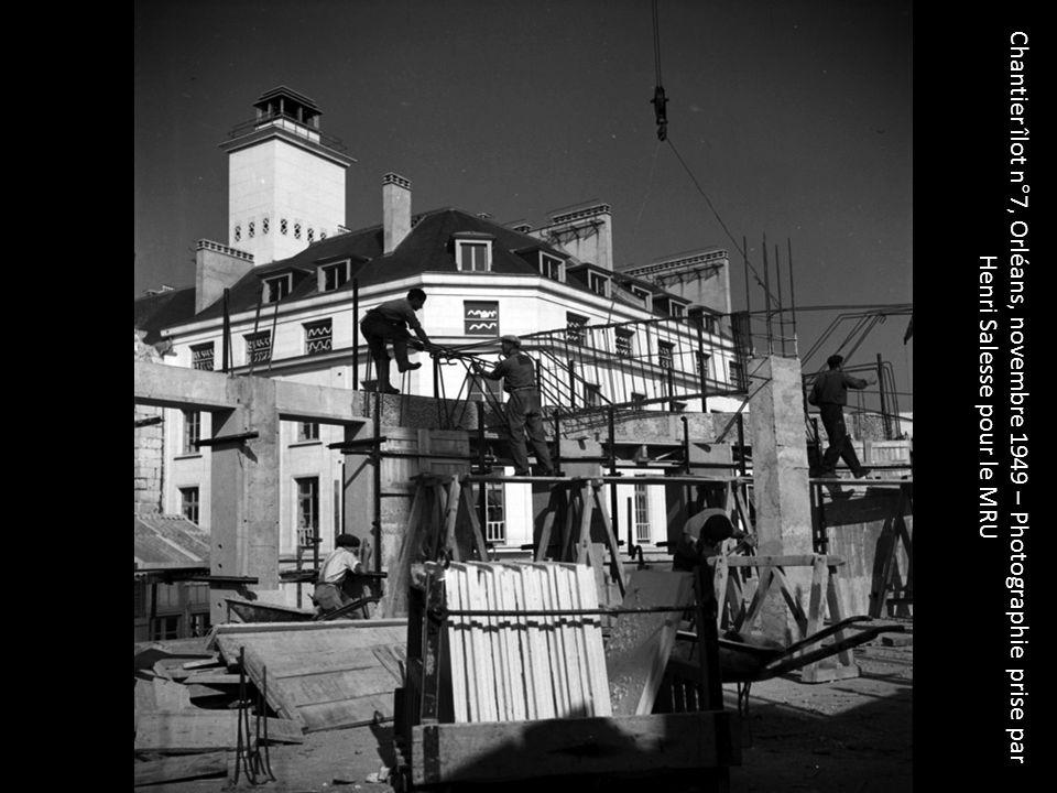Chantier îlot n°7, Orléans, novembre 1949 – Photographie prise par Henri Salesse pour le MRU