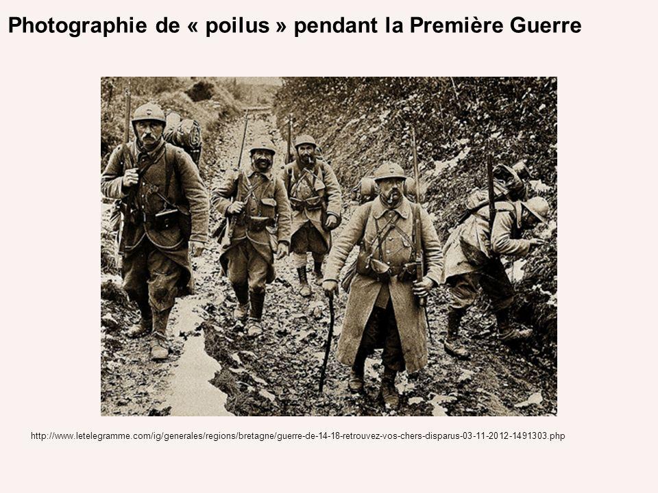 Photographie de « poilus » pendant la Première Guerre