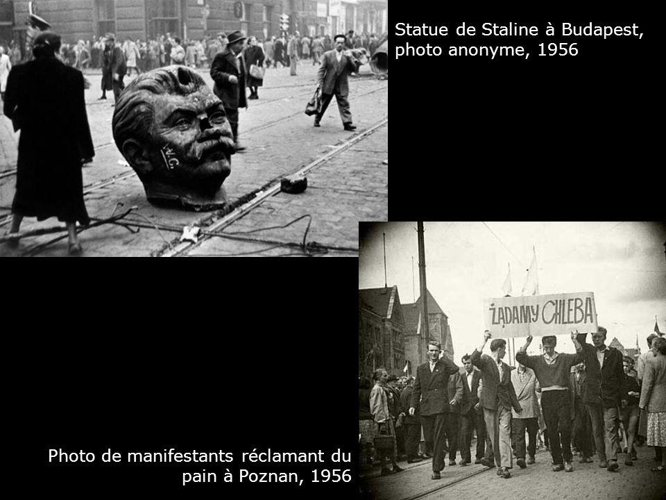 Statue de Staline à Budapest, photo anonyme, 1956