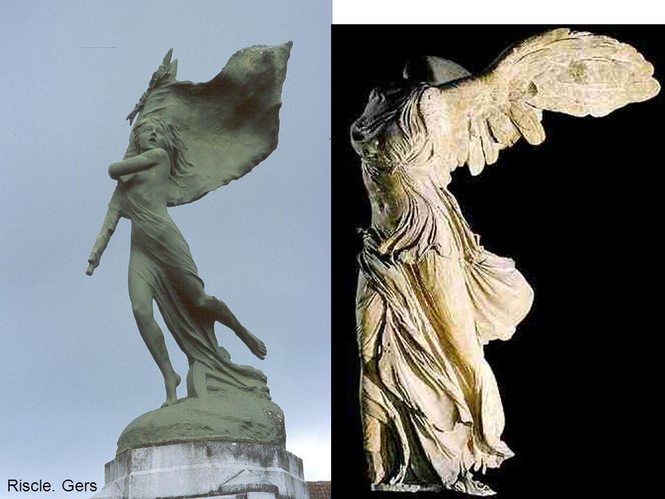 Un monument aux morts d'un type plus rare: la Victoire (marbre