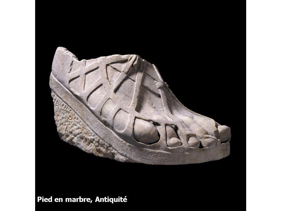Pied en marbre, Antiquité