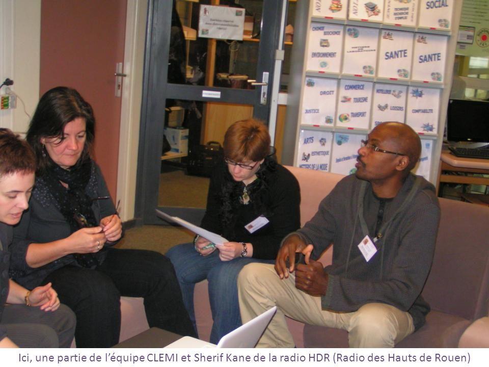 Ici, une partie de l'équipe CLEMI et Sherif Kane de la radio HDR (Radio des Hauts de Rouen)