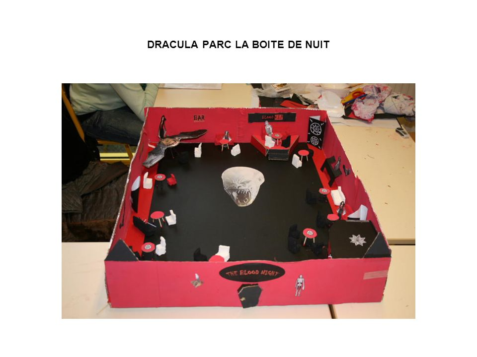 DRACULA PARC LA BOITE DE NUIT