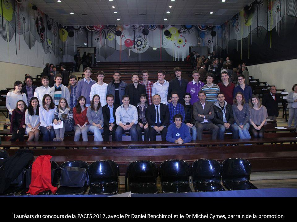 Lauréats du concours de la PACES 2012, avec le Pr Daniel Benchimol et le Dr Michel Cymes, parrain de la promotion
