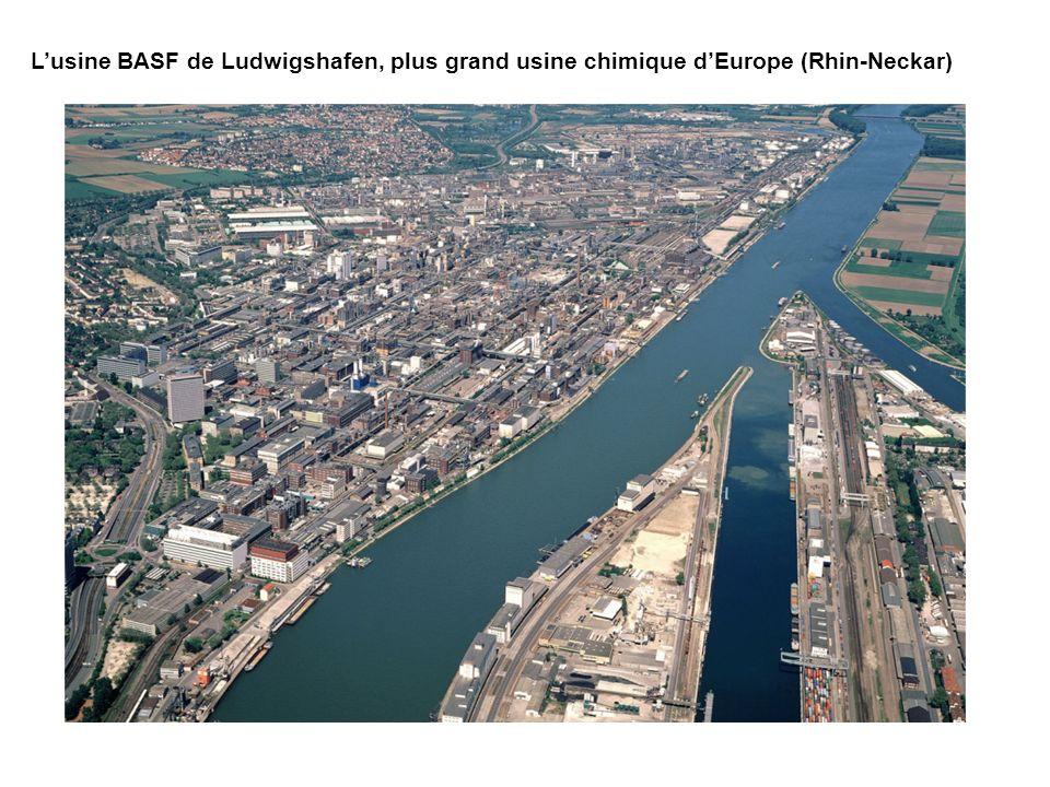 L'usine BASF de Ludwigshafen, plus grand usine chimique d'Europe (Rhin-Neckar)